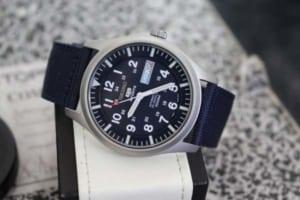 Mách bạn mua đồng hồ chính hãng ở đâu TPHCM